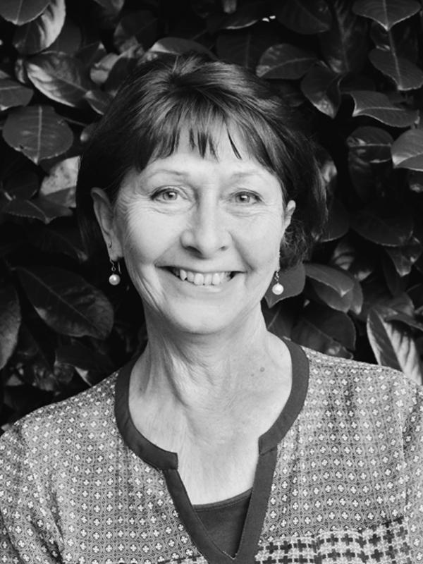 Daphne Holmes